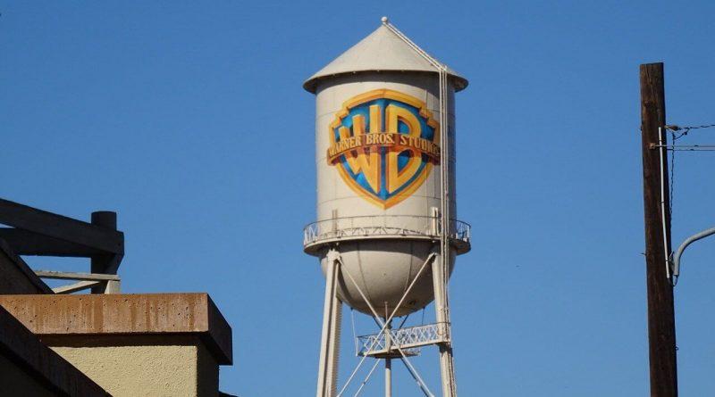 "Kinostudija Warner Bros ""bruņosies"" ar mākslīgo intelektu"