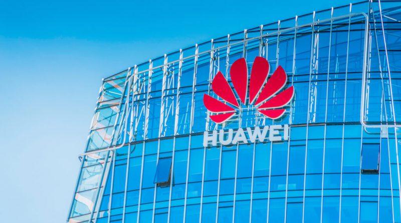 """Huawei: """"2021. gadā ceram uz caurskatāmu un konstruktīvu tehnoloģiju nozares attīstību"""""""